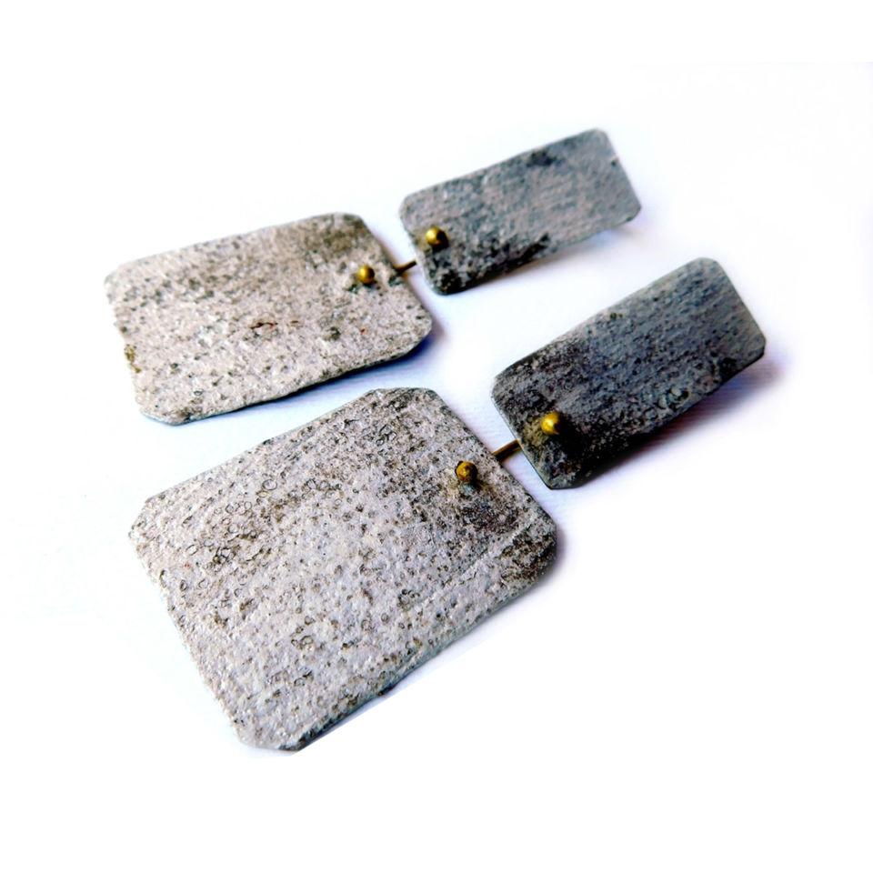 Dora-Charalambaki-earrings-e1028-grey