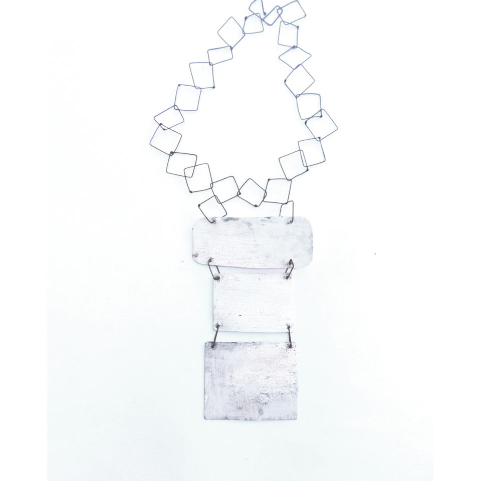 Dora-Charalambaki-necklace-n203-white