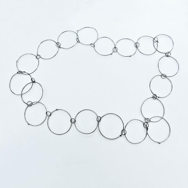dora-haralambaki-sn430-chains