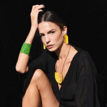 Συνέντευξη στο jenny.gr: Όταν τα κοσμήματα γίνονται «φορέσιμη τέχνη»